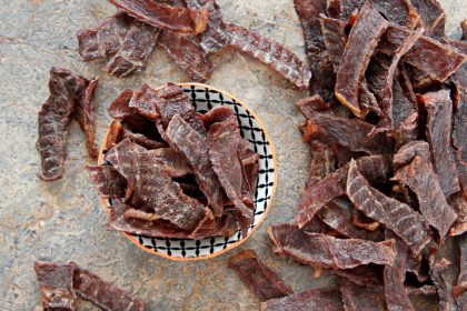 How to make easy DIY beef jerky dog treats