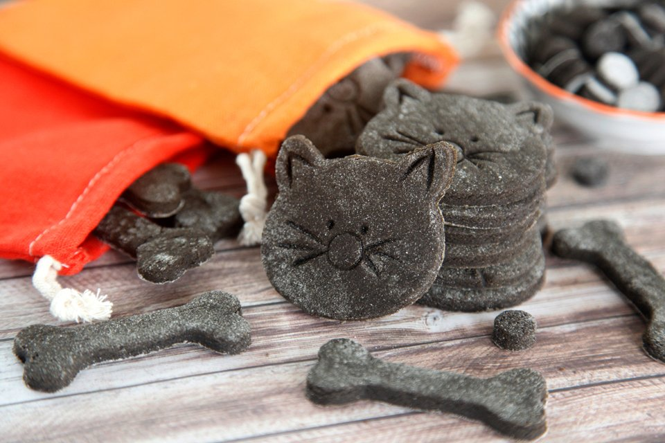 Homemade Halloween black cat cookies