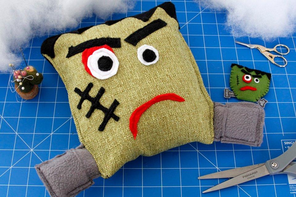 DIY Halloween Frankenstein DIY dog toy