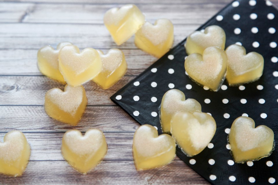 Homemade gelatin gummy chicken stock dog treats shaped like hearts