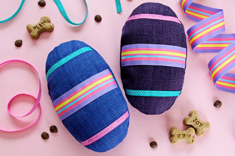DIY easy sewing Easter egg stuffed dog toys with squeakers