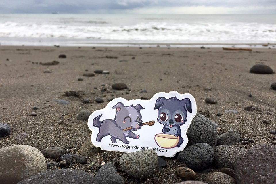 Virtual beach visit with Baking kumara and bacon treats with Doggy Dessert Chefs blog dogs Pee Wee and Rose