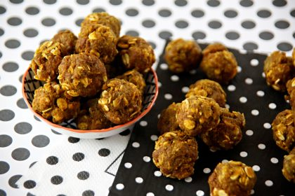 Recipe for turkey meatball dog treats with turmeric