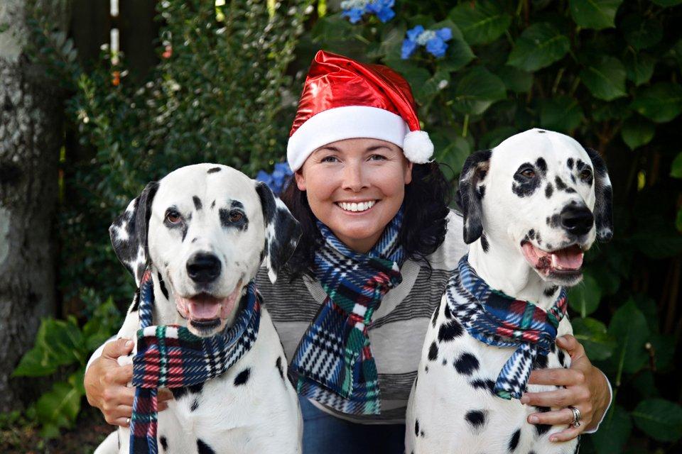 Easy DIY fleece scarves for people or pets