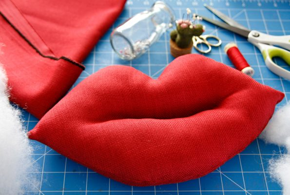 DIY giant lips Valentine's Day stuffed dog toy with squeakers