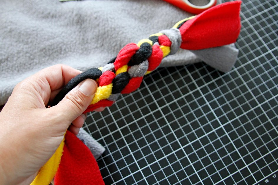 Uneven tension pattern problems in DIY dog tug toy