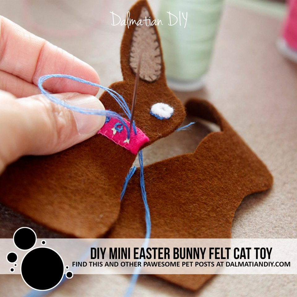DIY mini Easter bunny felt cat toy