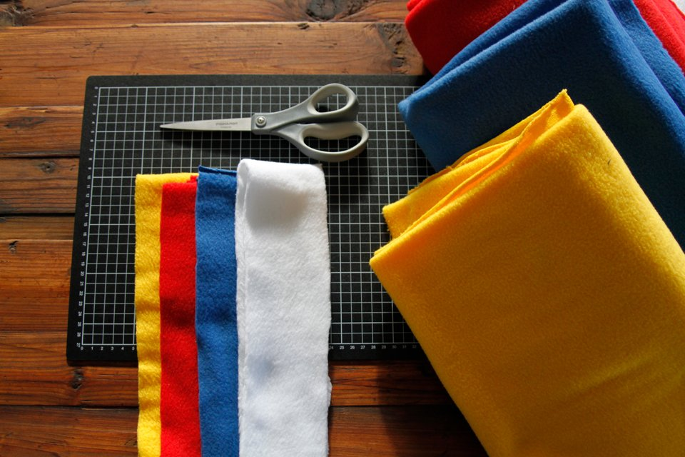 Materials for making a DIY colour block woven fleece dog tug toy