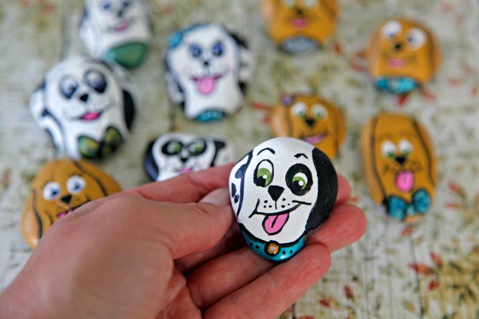 DIY painted Dalmatian dog rock